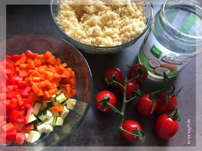 couscous salat mit tomaten f r baby und kleinkind. Black Bedroom Furniture Sets. Home Design Ideas